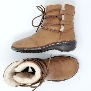 Ugg Caspia Lace Up Leather Boots Tan Shearling